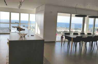 Ir Yamim, 6 room Double Apartment (LB)