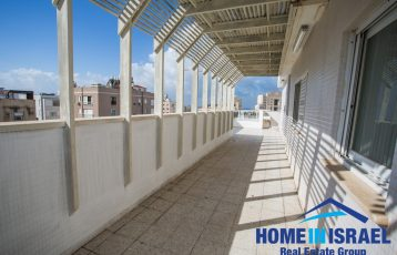 Central Netanya, 6 room duplex (SH)