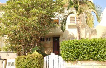 Ramat Poleg, 6 room semi detached cottage (MD)