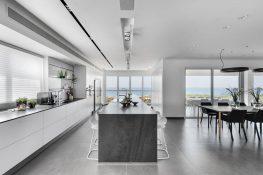 Netanya, Ir Yamim, 6 room Spacious Apartment (LB)