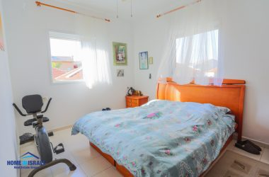 North Netanya, 5 room Apartment (KA)