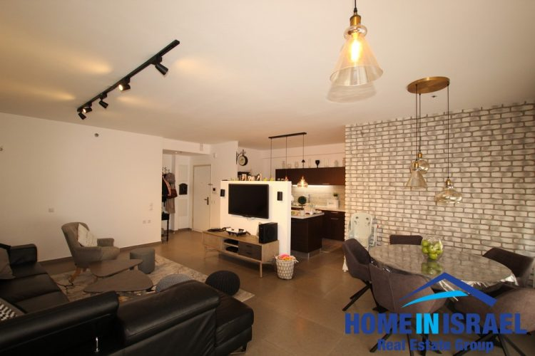 Neot Shaked, 4 room apartment (HC)