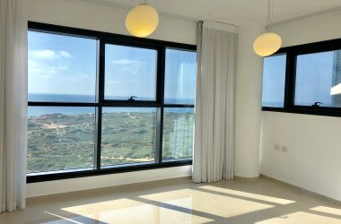 Ir Yamim, 7 room apartment (LB)