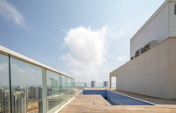 Netanya, Ir Yamim, 6 room Penthouse+Private Pool (LB)