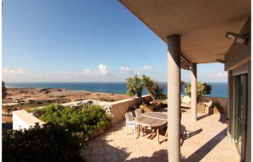 Netanya, South Beach, 4 room penthouse (LB)