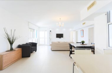 Netanya, Nitza Blvd., 4 room Apartment
